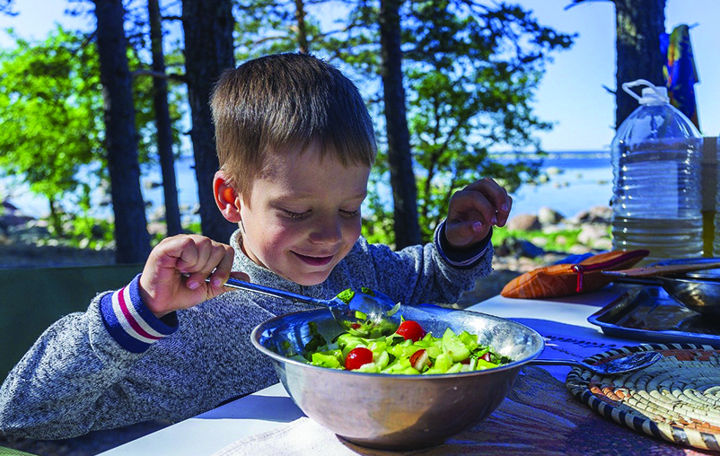 Easy Tricks To Make Children Eat Their Meals